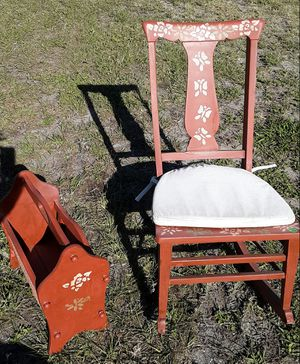 Antique rocking chair- must come this today! obo for Sale in Bradenton, FL