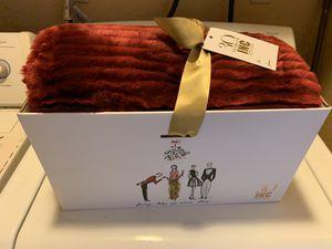 Faux fur blanket throw for Sale in Las Vegas, NV