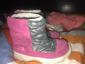 Kids north face snow boots for Sale in Richmond, CA