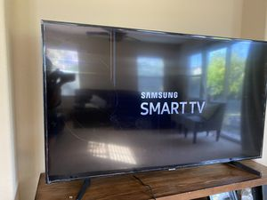"Samsung 65"" Smart TV for Sale in Mountain House, CA"