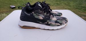 Nike air max camo men size 8.5 for Sale in Fresno, CA
