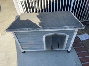 Dog house for Sale in Bell, CA