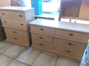 Mid Century 2pc dresser set -long 50x18x30, tall 32x18x41.. will separate $125 each.. for Sale in Joliet, IL