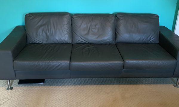 Beautiful Three sitters Boconoept designer grayish black leather sofa very comfortable.