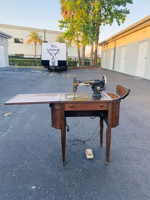 White Rotary Sewing Machine for Sale in Sanford, FL