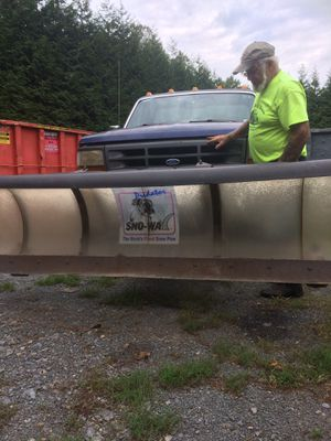 Sno-way snow plow. 7ft 6 hydraulic plow for Sale in Narvon, PA