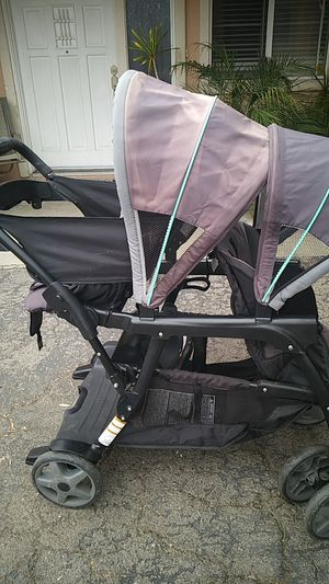 Graco double stroller. Good condition for Sale in Highland, CA