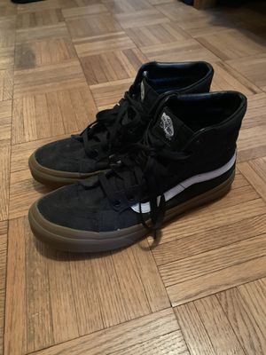VANS SK8-hi Black/white Size 7.5 for Sale in Lake Zurich, IL
