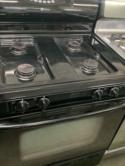 Black Maytag Stove for Sale in Fontana,  CA