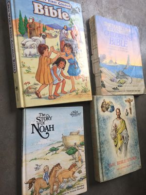 4 kids bible books for Sale in Jurupa Valley, CA