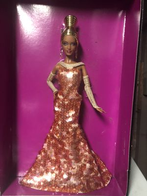 Stephen Burrows Alazne Barbie for Sale in Hemet, CA