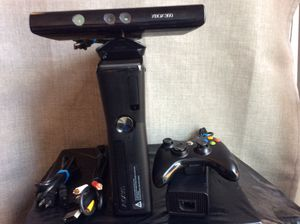 Xbox 360 Kinect ( 250 GB ) for Sale in Portland, OR