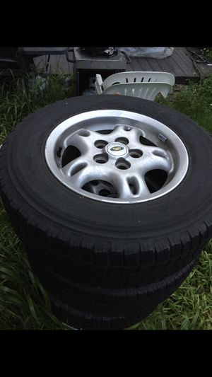 """Land Rover 16"""" Wheels for Sale in Hayward, CA"""