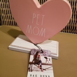 Rae Dunn Pet Mom Valentine On Stand. Brand New for Sale in Delray Beach, FL