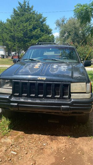 Jeep Grand Cherokee limited for Sale in LaGrange, GA