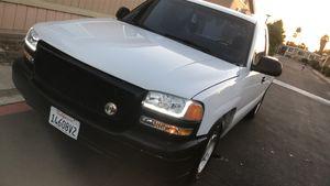 01 GMC Sierra V8 5.3 for Sale in West Covina, CA
