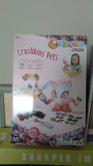Orbeez Crushkins Pets Set for Sale in Bloomington, IL