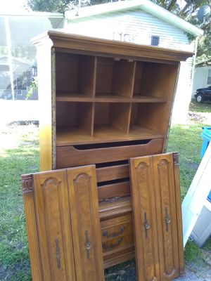Free Mueble for Sale in Plant City, FL