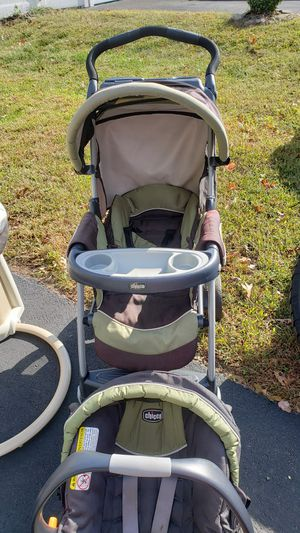 Chicco Stroller for Sale in Bayville, NJ