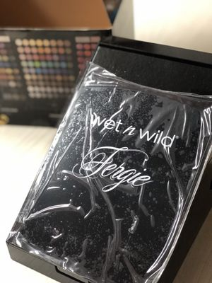 NEW Fergie Limited edition makeup kit for Sale in Miami, FL