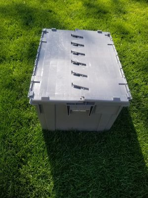 Dura-ware storage container for Sale in Crestwood, IL