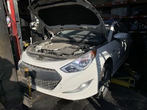 2012 sonata hybrid for parts only for Sale in Los Angeles, CA