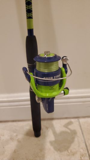 Shur Strike fishing rod pole and reel with a tackle box for Sale in Fort Lauderdale, FL