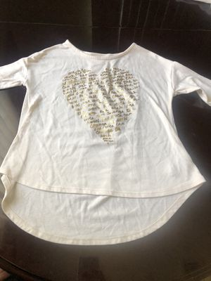OLD NAVY HEART SHIRT GOOD CONDITIONS for Sale in La Puente, CA
