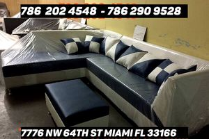 New sectional couch brand new for sale for Sale in Doral, FL