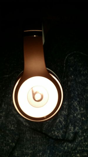 Brand New Beat Wireless Bluetooth headPhones For music or Gaming for Sale in Nashville, TN