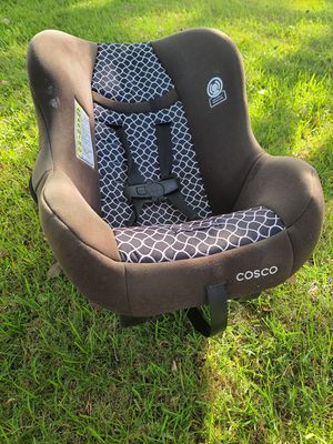 Free kids car seat. PLEASE read below for Sale in Miami, FL