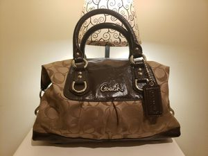 Brown coach satchel for Sale in Hastings, NE