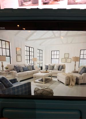 Five piece living room set for Sale in Modesto, CA