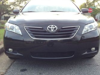 Very Nice 2007 Toyota Camry XLE FWDWheels for Sale in Moreno Valley,  CA