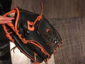 DeMrini baseball glove for Sale in Oakland, CA