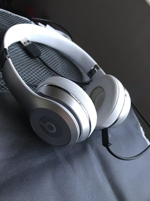 Beats solo wireless (Great Condition) for Sale in Miramar, FL