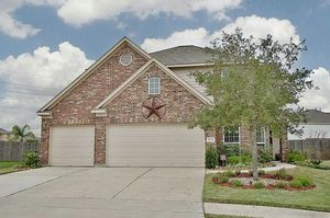 18834 Waverly Springs Ln, Cypress, TX 77429 $300,000 6 BR , 3 full BA, 1 ½BA Single Family Home for Sale in Houston, TX