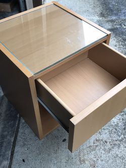 Side/end Table for Sale in Port Orchard,  WA