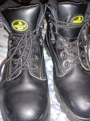 They is steel toe work boots size 12 for Sale in GILLEM ENCLAVE, GA