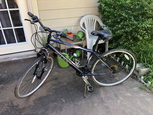 Huffy Savannah Hybrid Road Bike for Sale in Austin, TX