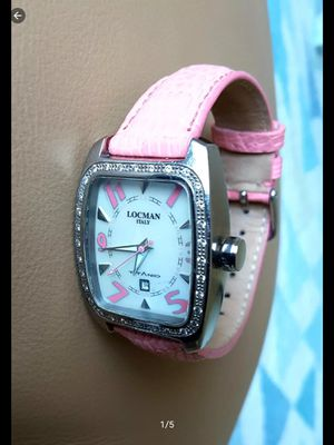 Locman Italy Titanio/Diamonds Tonneau Ladies Watch, Excellent Condition. ( Pre owner ) for Sale in Davie, FL