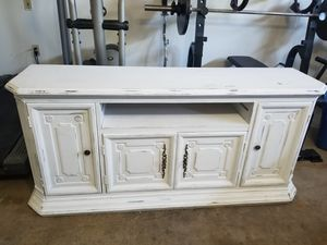 Lightly distressed TV stand $60 for Sale in Phoenix, AZ