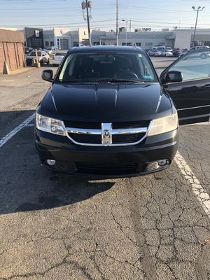 2010 Dodge Journey Only 110,000 miles inspected until November of next year Brand New brakes and rotors nothing wrong with it have to see Also has t for Sale in Lancaster, PA