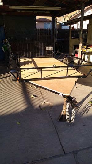 2017- 5'x10' trailer with ramp for Sale in Bloomington, CA