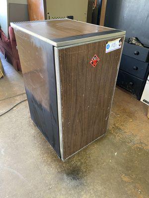 Garage Storage Refrigerator - Works Great! for Sale in South Lyon, MI