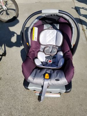 Chico infant car seat for Sale in San Jose, CA