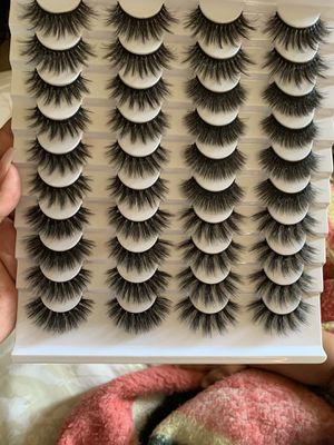 20 pairs mink eyelashes for Sale in Fresno, CA