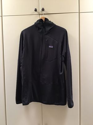 Patagonia R1 Hoody Men's XL Black for Sale in Phoenix, AZ