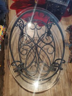 Glass Coffee Table With Detailed Black Legs for Sale in San Angelo,  TX