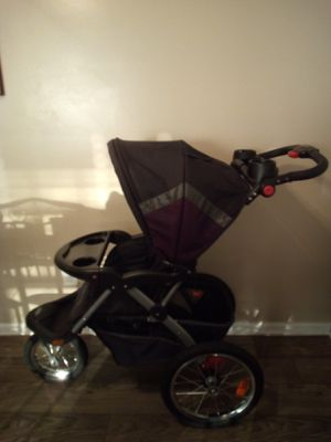 Baby Trend Jogging Stroller for Sale in Hilliard, OH